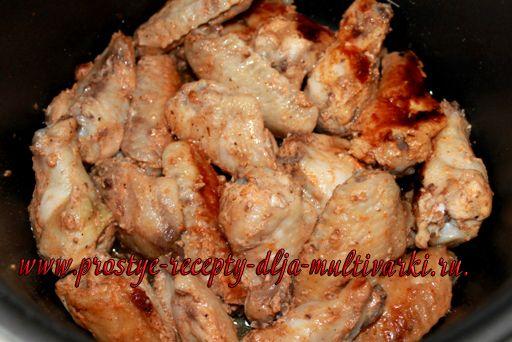 Вкусные куриные крылышки в мультиварке