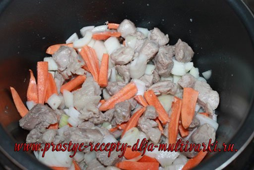Тушеная картошка с мясом в скороварке