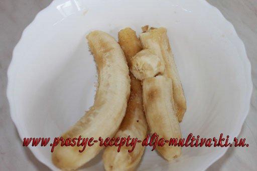 Быстрый банановый пирог в мультиварке рецепт