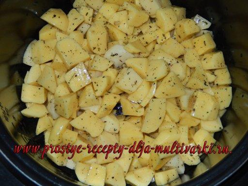 Картошка под шубой в мультиварке