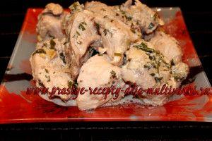 Курица тушеная в сметане в мультиварке