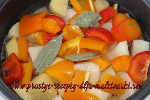 Говядина тушеная с овощами в мультиварке