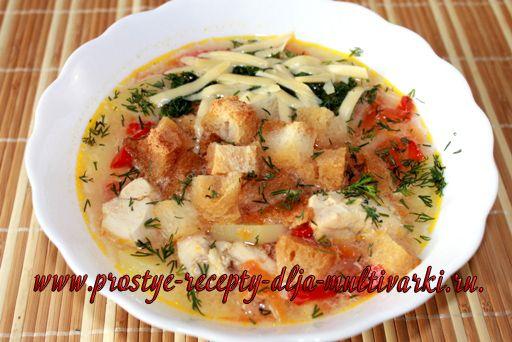 Чесночный суп с курицей в мультиварке