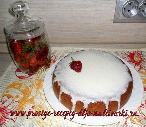 Пирог из творожной массы и манки в мультиварке