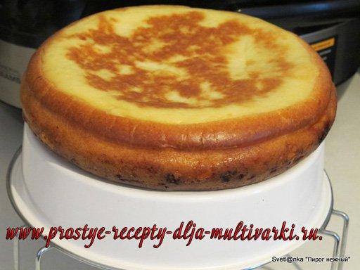 Нежный пирог в мультиварке
