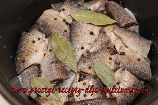 Рыбные консервы в мультиварке
