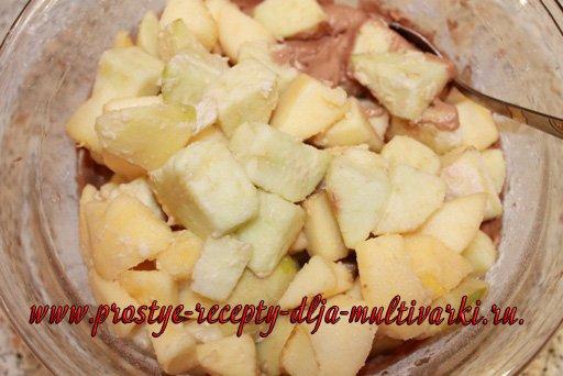 Яблочный пирог в мультиварке-скороварке