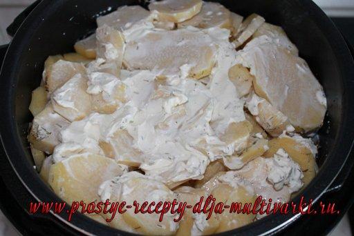 Свинина с картошкой в мультиварке-скороварке