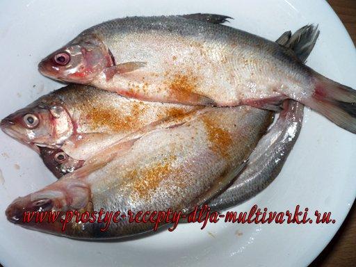 Рыба в мультиварке на пару с цветной капустой