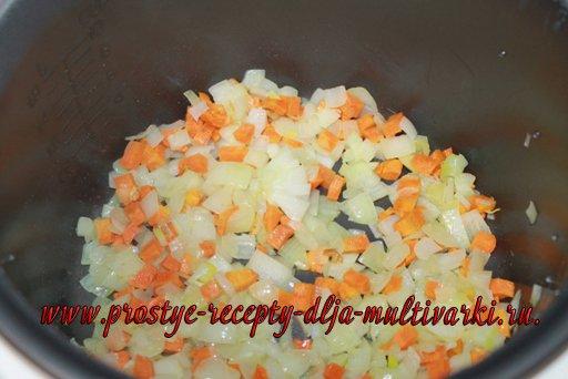 Рис с куриными фрикадельками в мультиварке