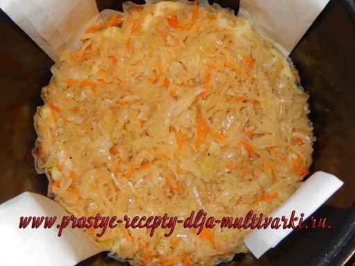 Открытый пирог с квашеной капустой