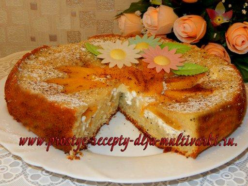 Пирог с хурмой и творогом в мультиварке